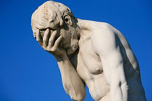 Paris_Tuileries_Garden_Facepalm_statue[1]