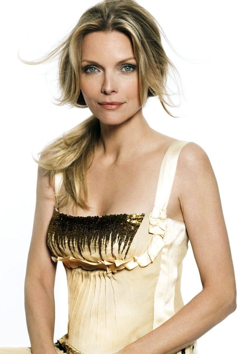 michelle-pfeiffer-857783l