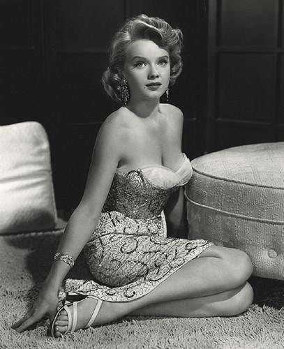 Forbidden_Planet_22_anne_francis